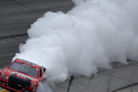 Atlanta-Speedway-Smoke
