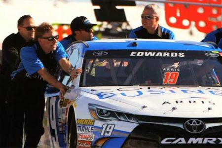 Carl-Edwards-1-on-1