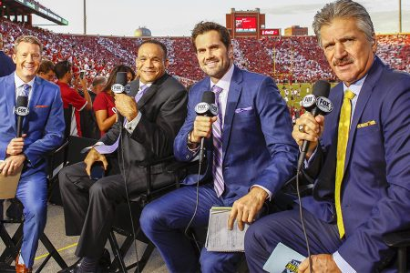 Rob Stone, Robert Smith, Matt Leinart and Dave Wannstedt at Gaylord Family Oklahoma Memorial Stadium