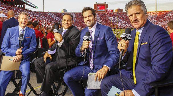 Rob Stone, Robert Smith, Matt Leinart and Dave Wannstedt at Gaylord Family Oklahoma Memorial Stadium