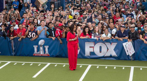 Pam Oliver Super Bowl