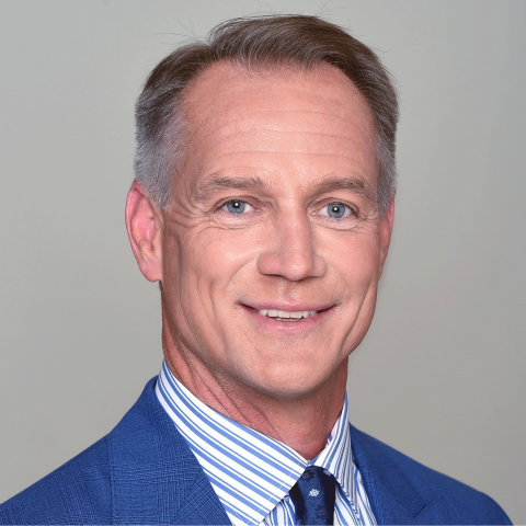 Daryl-Johnston_727x727