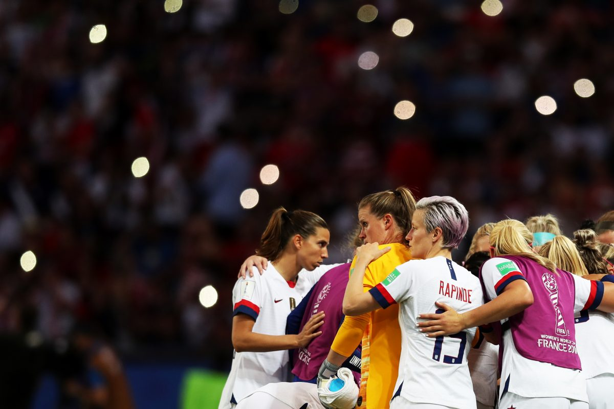 PARIS, FRANCE - JUNE 28:   United States of America team huddle ahead of the second half during the 2019 FIFA Women's World Cup France Quarter Final match between France and USA at Parc des Princes on June 28, 2019 in Paris, France. (Photo by Naomi Baker - FIFA/FIFA via Getty Images)
