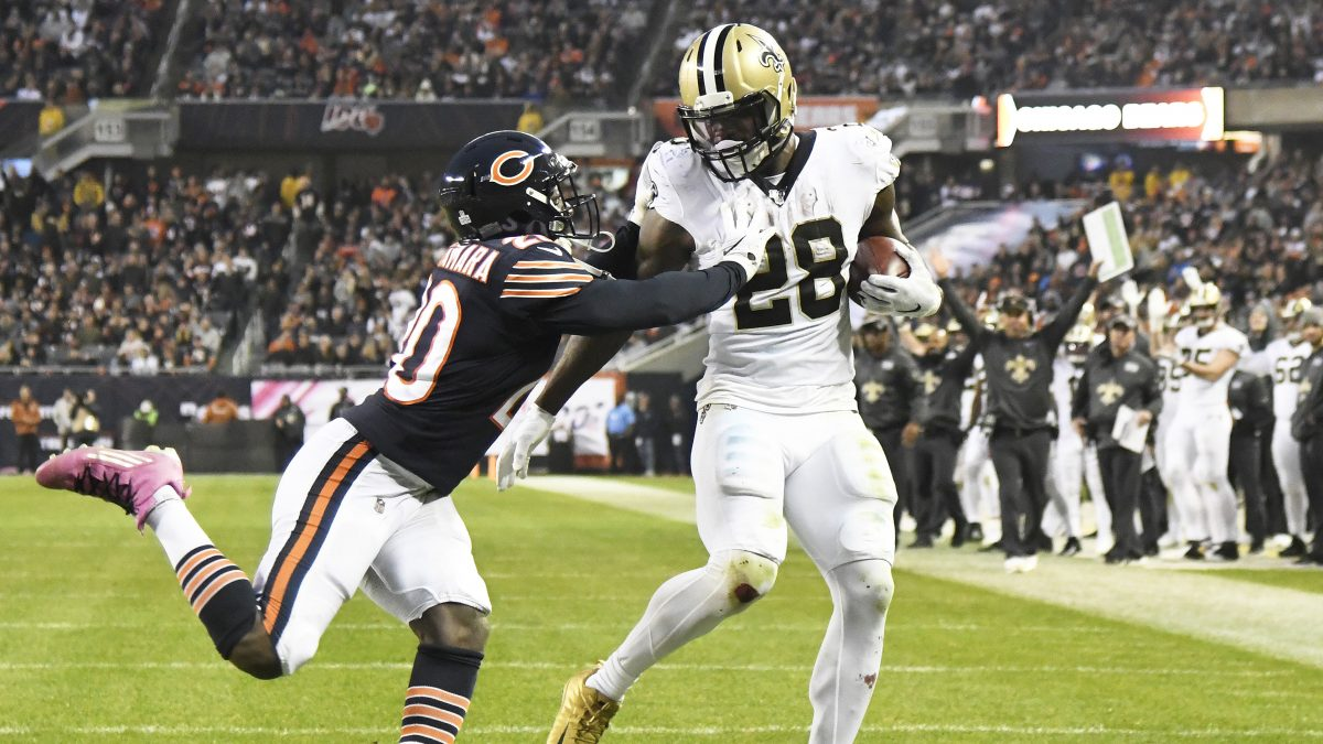 CHICAGO, ILLINOIS - OCTOBER 20: Latavius Murray #28 of the New Orleans Saints runs as Prince Amukamara #20 of the Chicago Bears tries to tackle him during the second half at Soldier Field on October 20, 2019 in Chicago, Illinois. The New Orleans Saints defeated the Chicago Bears 36-25. (Photo by David Banks/Getty Images)
