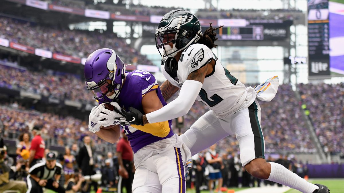 MINNEAPOLIS, MINNESOTA - OCTOBER 13: Adam Thielen #19 of the Minnesota Vikings catches the ball for a touchdown against Sidney Jones #22 of the Philadelphia Eagles during the first quarter of the game at U.S. Bank Stadium on October 13, 2019 in Minneapolis, Minnesota. (Photo by Hannah Foslien/Getty Images)