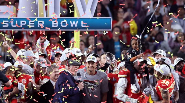 MIAMI, FLORIDA - FEBRUARY 02: The Kansas City Chiefs celebrate with the Vince Lombardi Trophy after defeating the San Francisco 49ers 31-20 in Super Bowl LIV at Hard Rock Stadium on February 02, 2020 in Miami, Florida. (Photo by Al Bello/Getty Images)