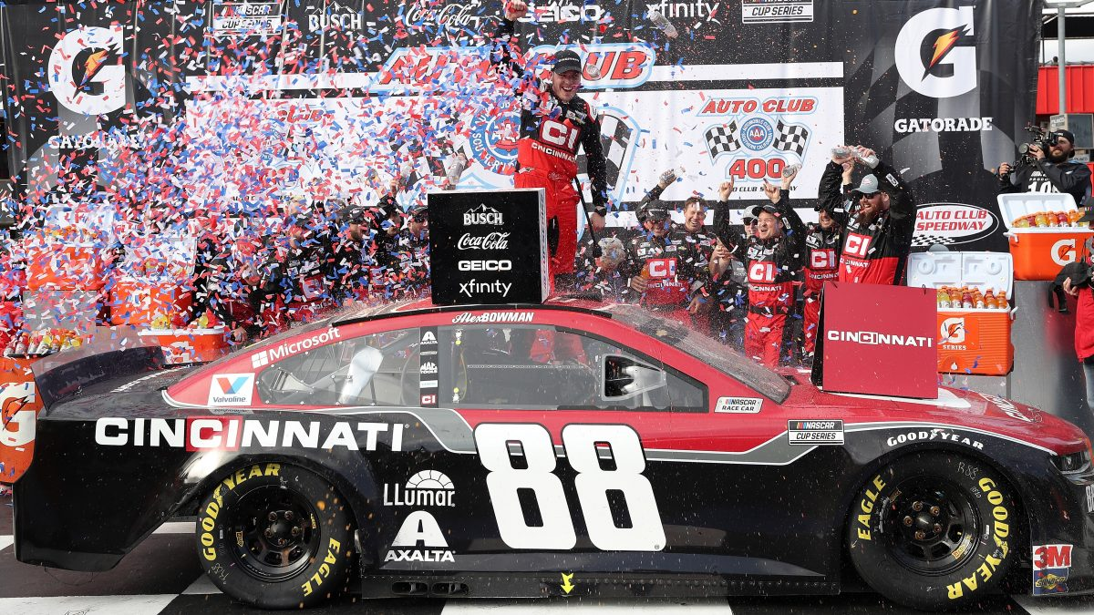 FONTANA, CALIFORNIA - MARCH 01: Alex Bowman, driver of the #88 Cincinnati Chevrolet, celebrates in Victory Lane after winning the NASCAR Cup Series Auto Club 400 at Auto Club Speedway on March 01, 2020 in Fontana, California. (Photo by Katelyn Mulcahy/Getty Images)