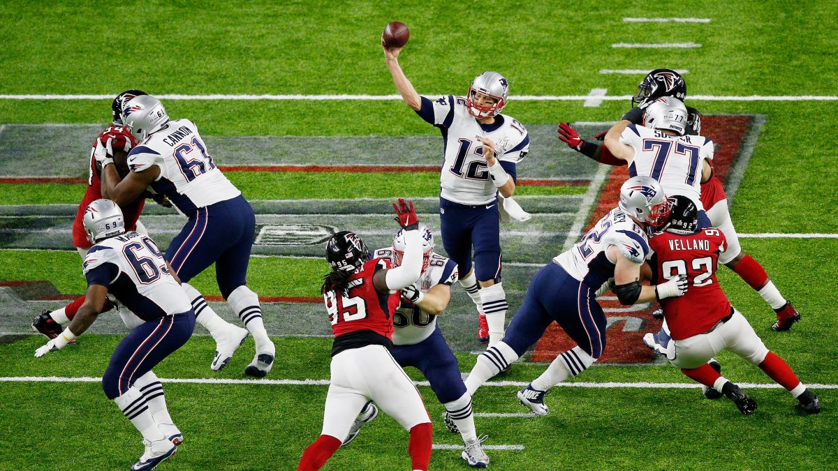 HOUSTON, TX - FEBRUARY 05:  Tom Brady #12 of the New England Patriots throws the ball against the Atlanta Falcons in the first half during Super Bowl 51 at NRG Stadium on February 5, 2017 in Houston, Texas.  (Photo by Bob Levey/Getty Images)