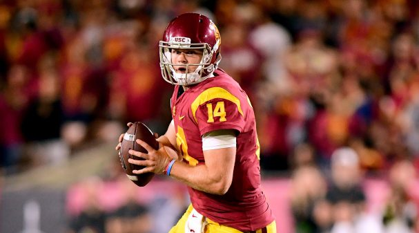 LOS ANGELES, CA - SEPTEMBER 16:  Sam Darnold #14 of the USC Trojans scrambles out of the pocket during the fourth quarter against the Texas Longhorns at Los Angeles Memorial Coliseum on September 16, 2017 in Los Angeles, California.  (Photo by Harry How/Getty Images)