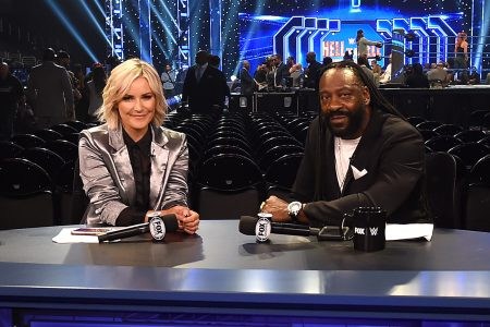 1040x585---Renee-Paquette-and-Booker-T-at-SmackDown-on-FOX